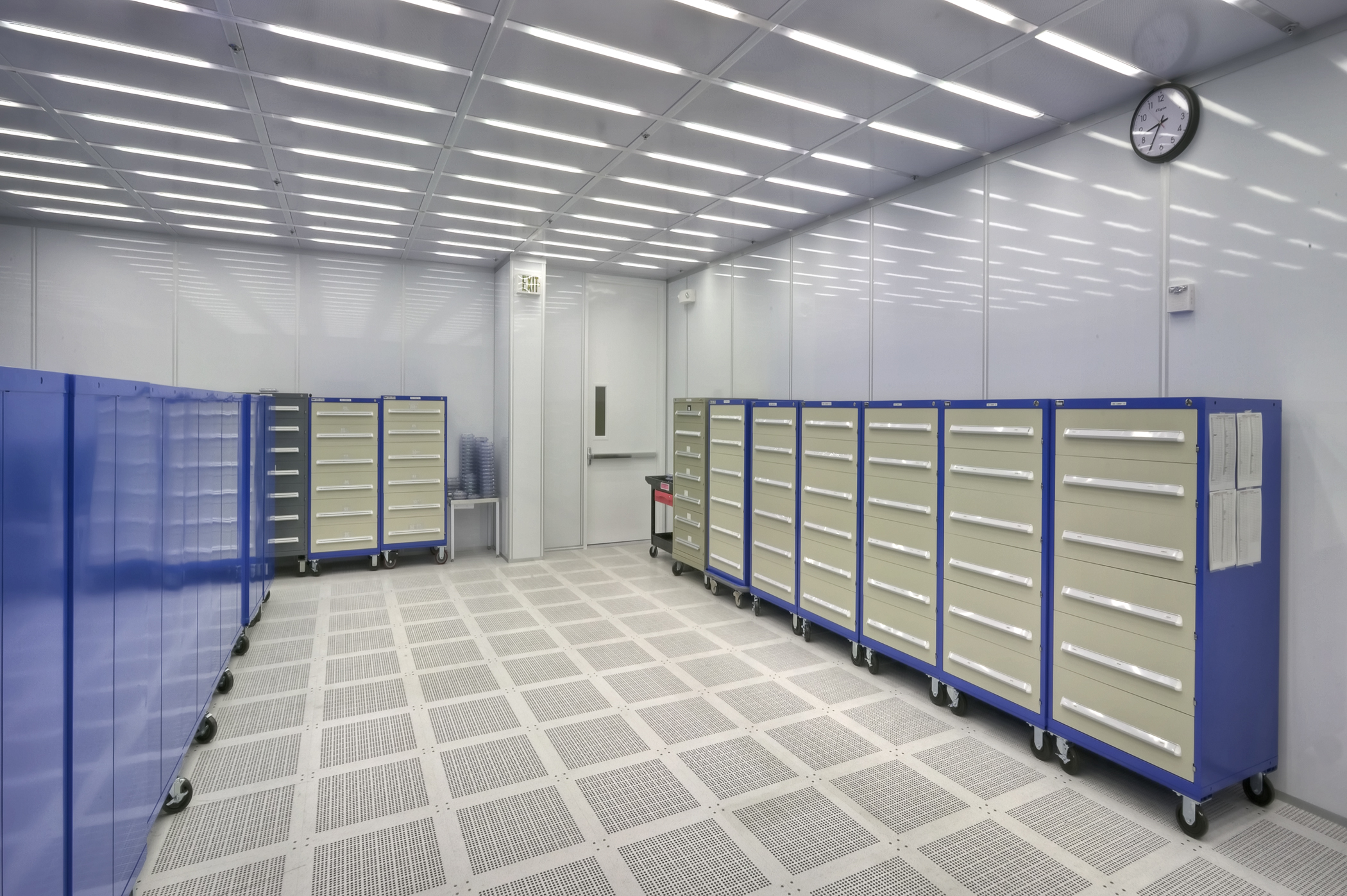 Clean Room: Linear Tech Clean Room Expansion